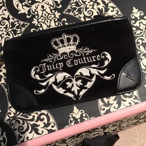 Juicy couture wallet!